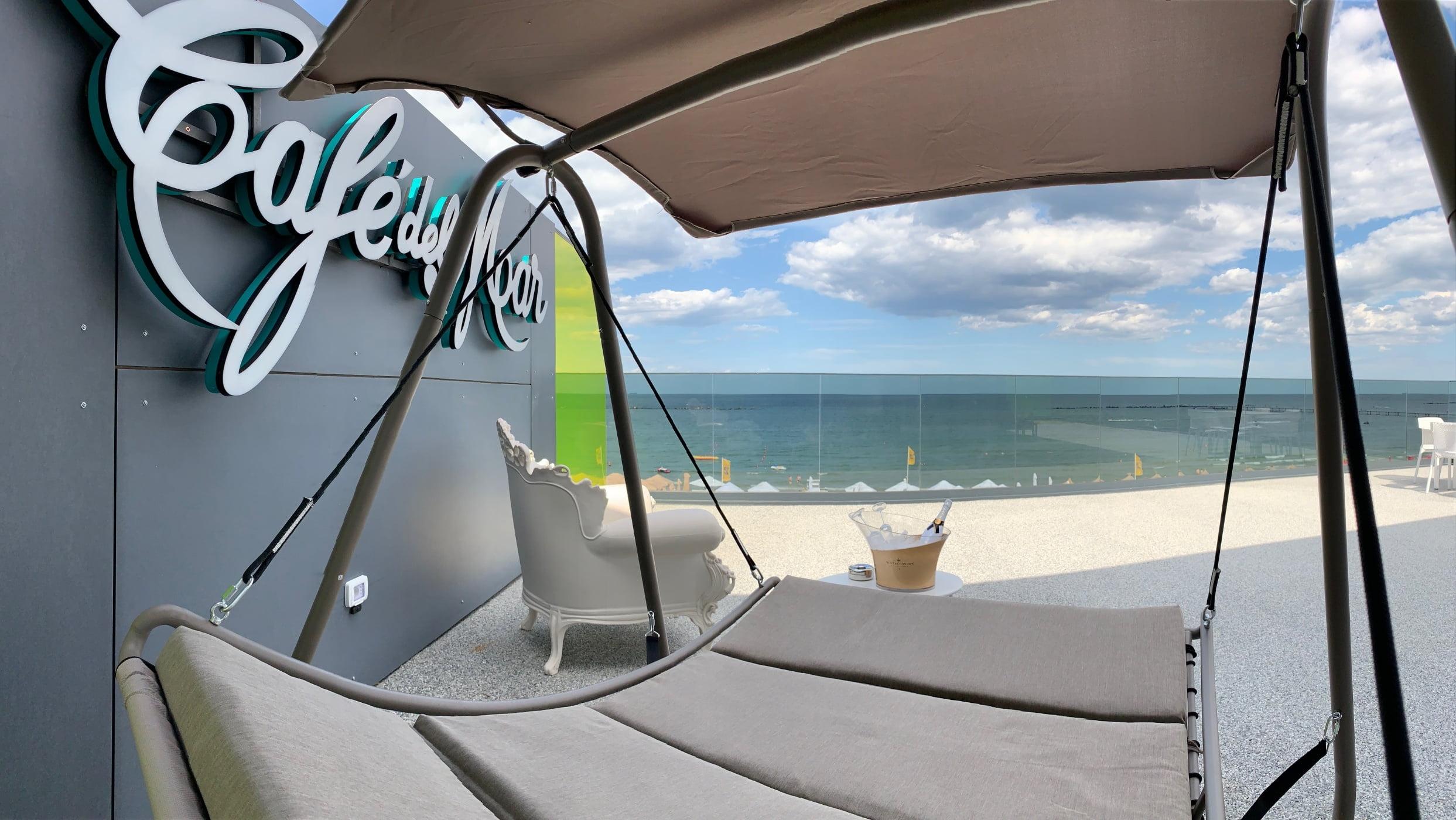 Cafe Del Mar Suite_2